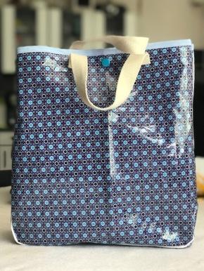6c5d2aea9e Au mois de juillet, nous avons sélectionné le lunch bag, le sac à goûter,  le sac à tout…